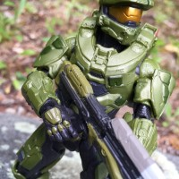 Mattel Halo Master Chief 6″ Figure Review & Photos