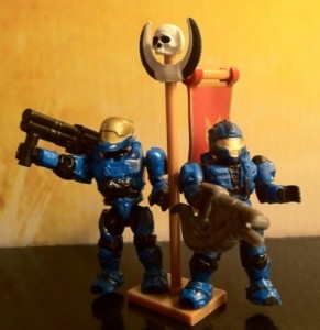 Blue EVA and CQB Spartan Figures from Halo Mega Bloks Versus: Covenant Locust Attack 96965
