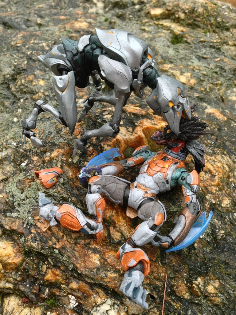 McFarlane Halo 4 Series 1 Crawler Action Figure