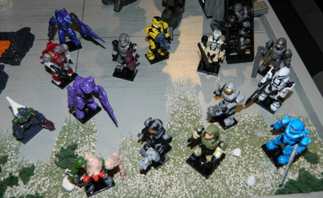 Halo Mega Bloks Series 7 Figures Mystery Hero Packs Assortment 2013