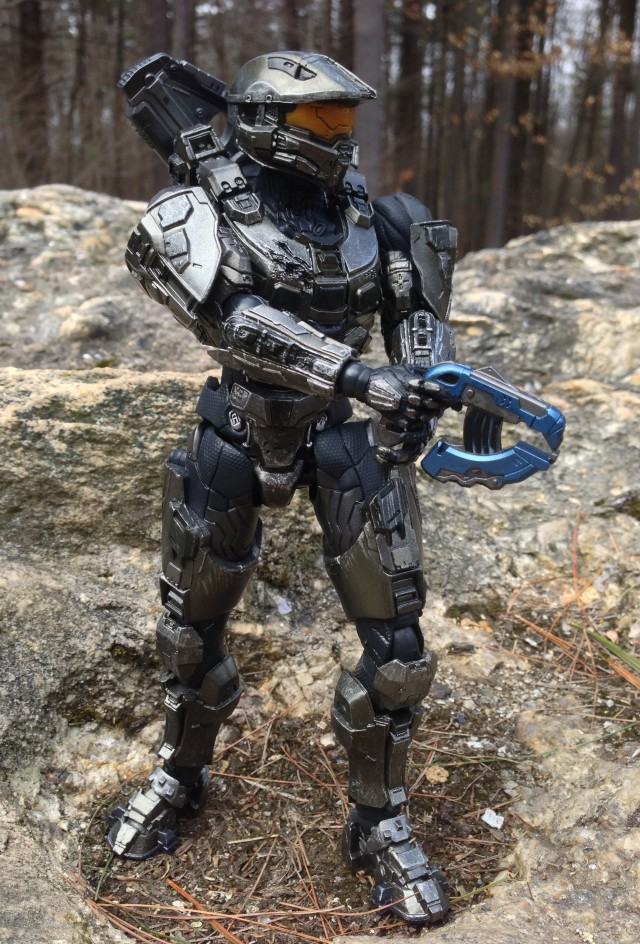 Master Chief Halo 4 Play Arts Kai Figure Wielding Plasma Pistol