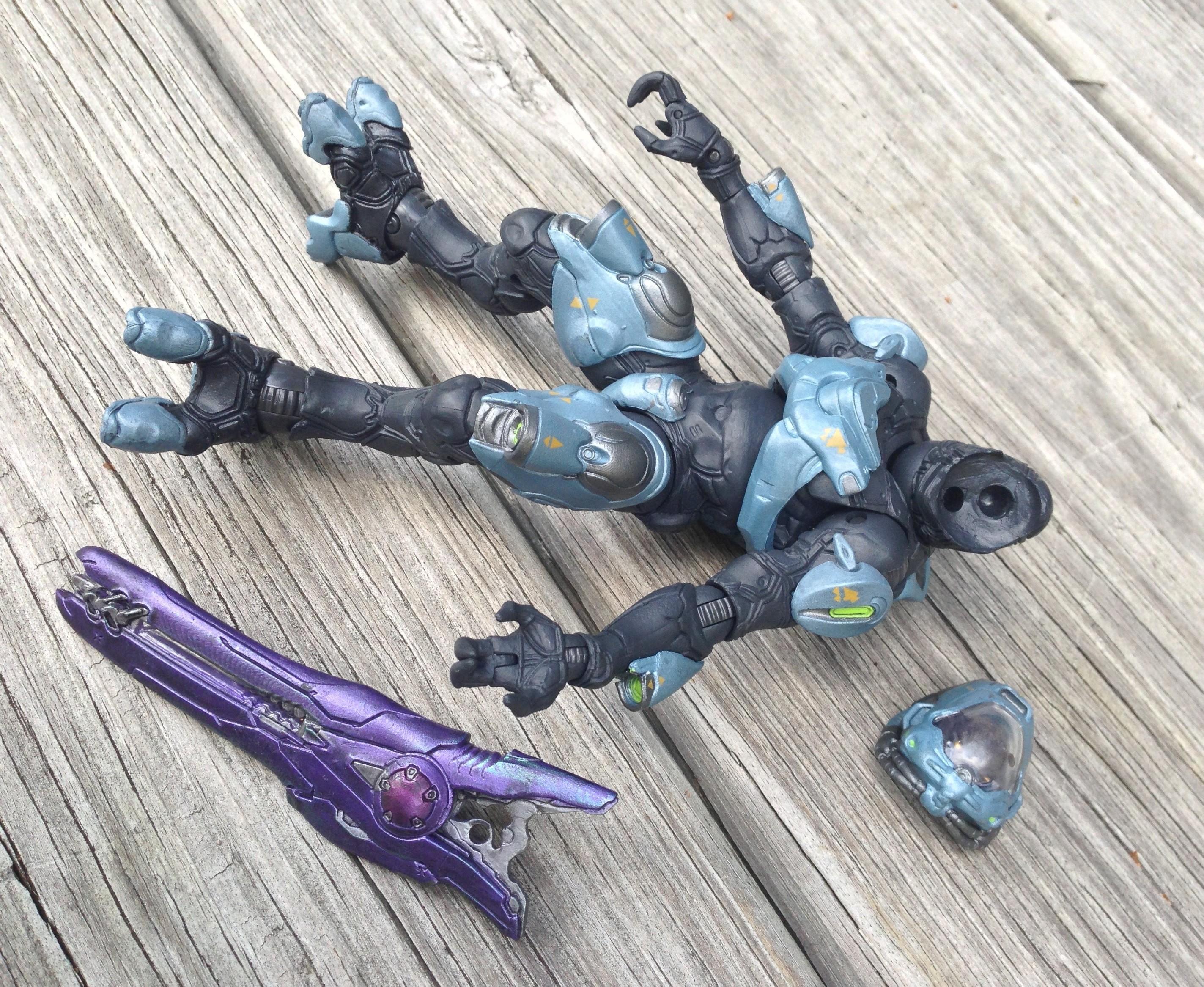 Halo 4 Series 2 Elite Ranger Figure Review (McFarlane Toys