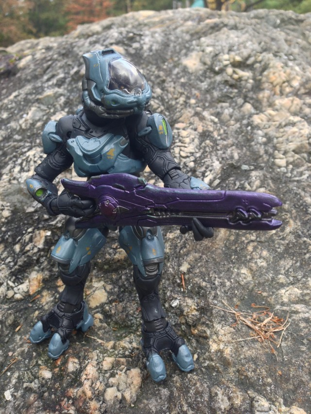 Halo 4 Series 2 Elite Ranger Figure with Covenant Beam Rifle