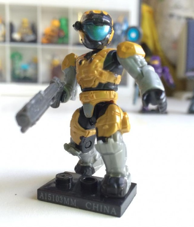 Mega Bloks Halo Series 8 Gold Spartan Air Assault Rare Figure with Grenade Launcher