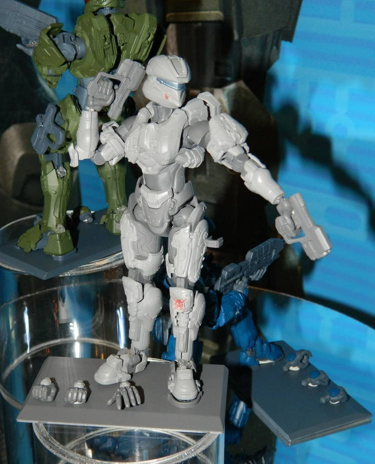 Halo SpruKits Model Kits Figures! Thorne Master Chief Sarah