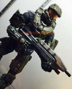"NECA NYCC 2014 18"" Master Chief Figure"