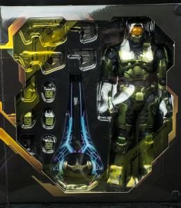 Halo 2 Play Arts Kai Master Chief Figure