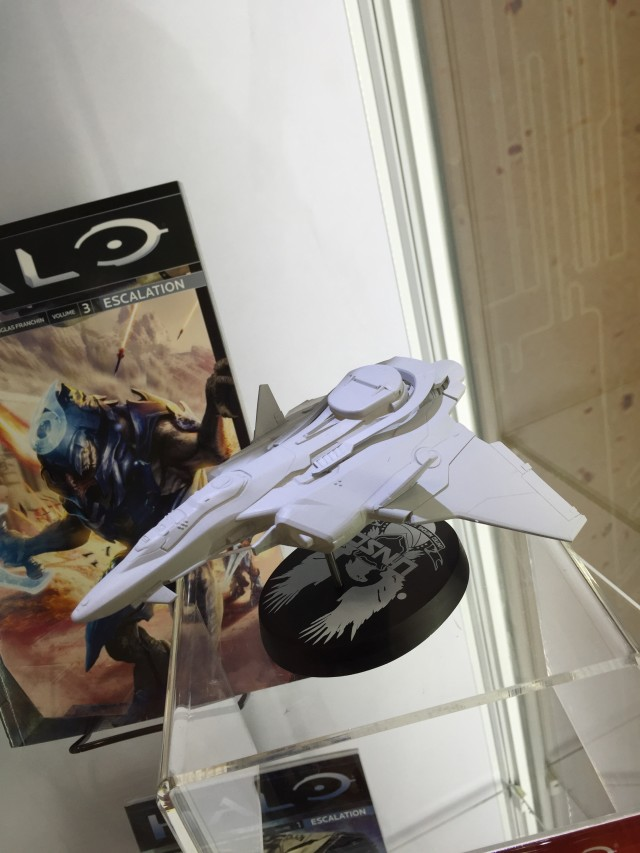 NYCC 2015 Dark Horse Halo Prowler Ship Replica
