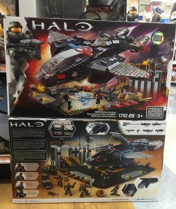 Toys R Us Exclusive Mega Bloks Halo NMPD Pelican Air Base Set