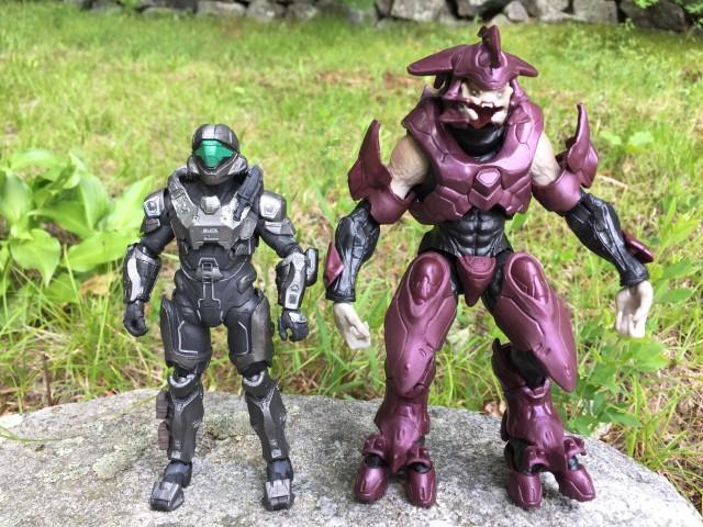 Size Comparison Mattel Halo Elites vs. McFarlane Spartan Buck