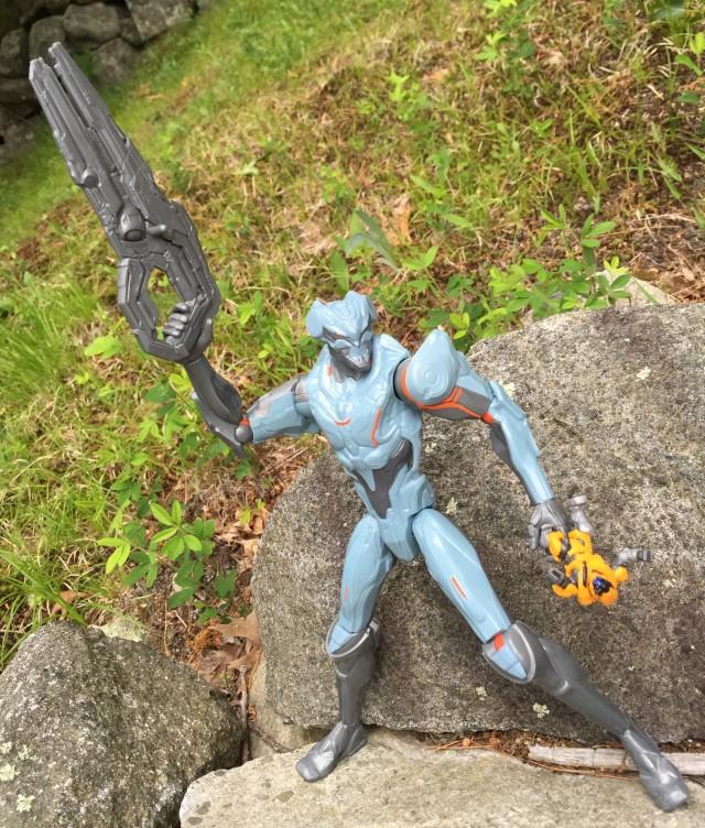 Halo 5 Promethean Soldier Twelve Inch Figure Review