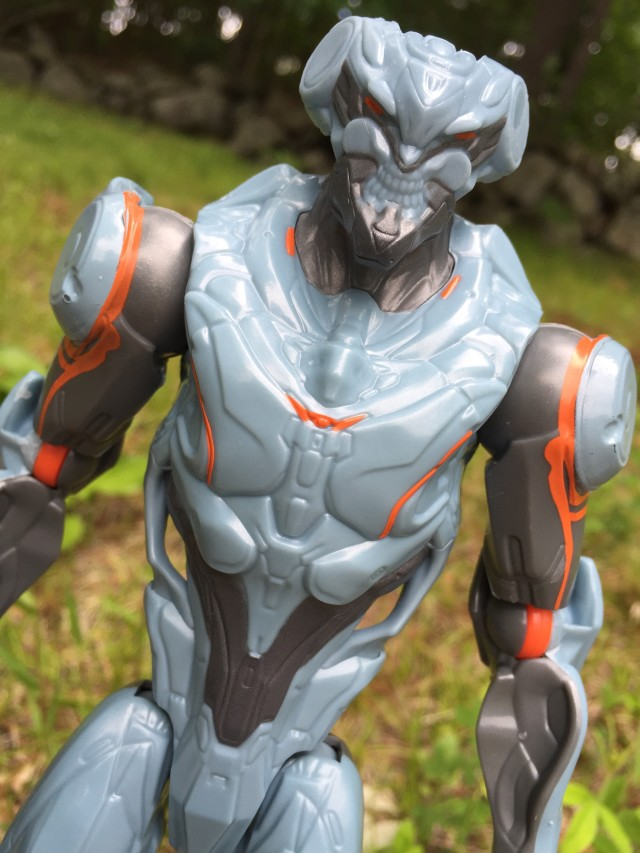 "Close-Up of Promethean Soldier Halo 12"" Figure"