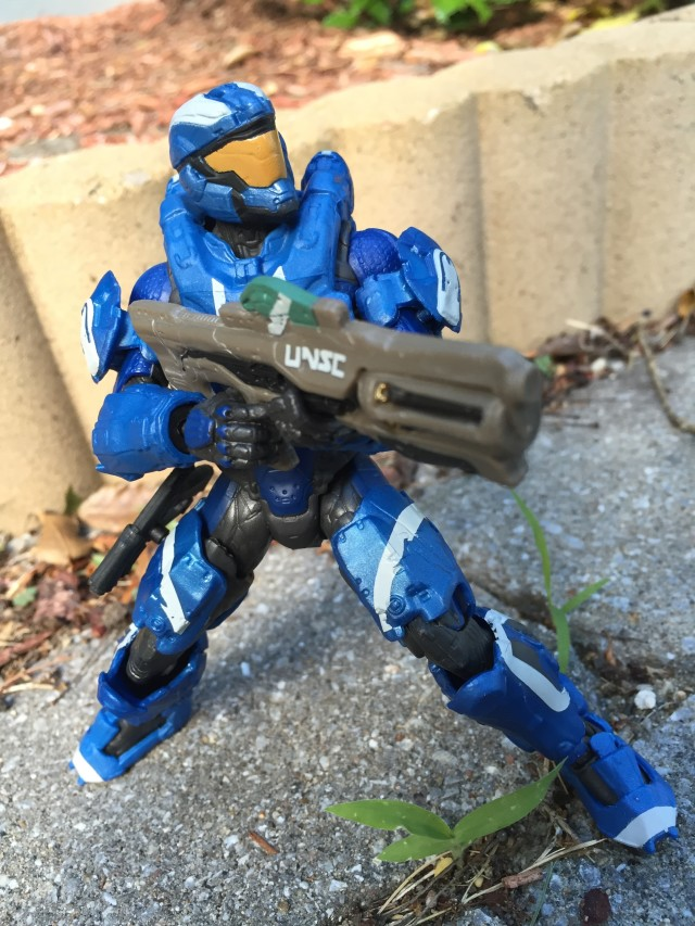 Blue Spartan Air Assault Figure Holding Hydra Launcher